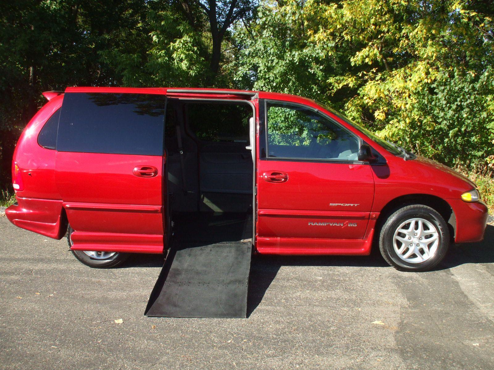 2000 dodge grand caravan sport stock 14453w wheelchair van for sale gresham driving aids. Black Bedroom Furniture Sets. Home Design Ideas