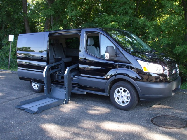 Ford Transit Transit Wagon Vehicle Image